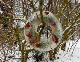 tuto pour créer une couronne d'hiver glacée