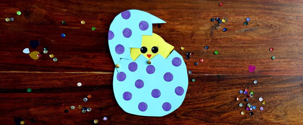 diy poussin dans œuf de pâques - création avec enfant