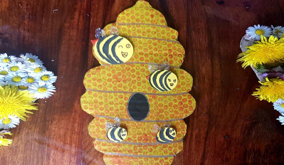 diy bricolage ruche et sa famille d'abeilles