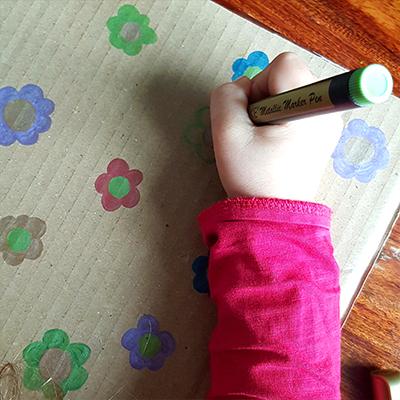 dessin de fleurs sur un carteau