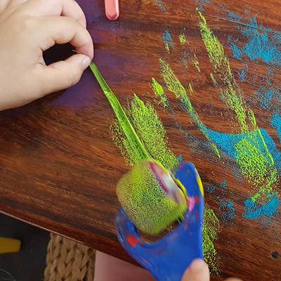 peindre une grande herbe