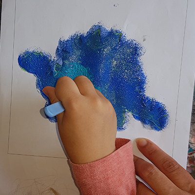 peinture pochoir Stegosaurus